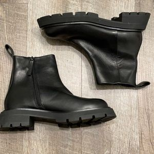 Zara Black  leather short ankle boot with lugged sole size 6.5/37